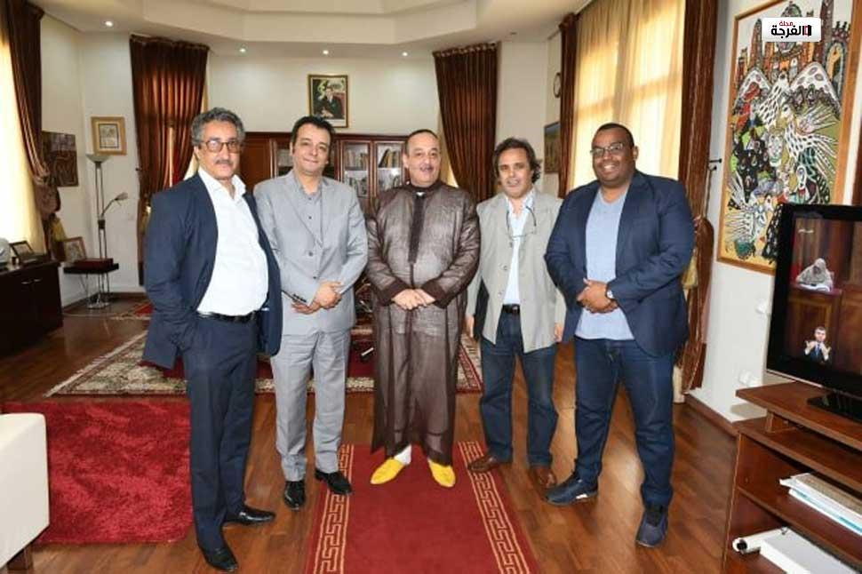 بالمغرب: وزير الثقافة والاتصال يتخذ قرارات هامة.