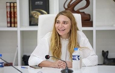 بتونس: بالصور..جلسة عمل بوزارة الشؤون الثقافية للنظر في أبرز إشكاليات قطاع مهن الفنون الدرامية
