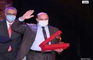 إبراهيم الحسيني : المسرح لعنة.. وهذه تفاصيل أعمالي الفائزة بالمهرجان القومي