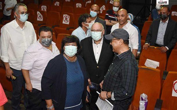 بمصر: وزير الثقافة تتابع بروفات